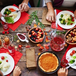 5 TIPS TO INDULGE RESPONSIBLY THIS HOLIDAY SEASON - Post Image