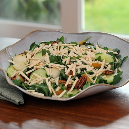 Fresh Arugula With Pecan, Pear & GO Veggie! Dairy Free Mozzarella Style Shreds