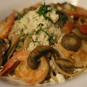 Shrimp Scampi and Whole Wheat Linguini with GO Veggie! Grated Parmesan Flavor Topping