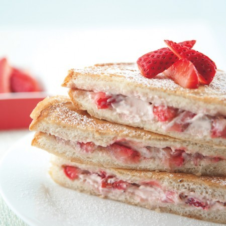 Strawberry Cream Cheese-Stuffed French Toast